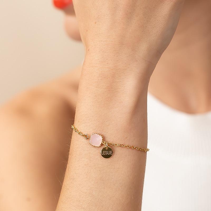 Armband mit Kristallstein und Namensanhänger