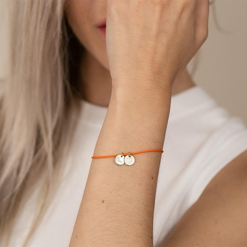 Armband mit Buchstaben und Gravur Anhänger