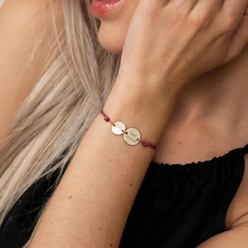 Armband mit Namen mit runden Gravurplatten
