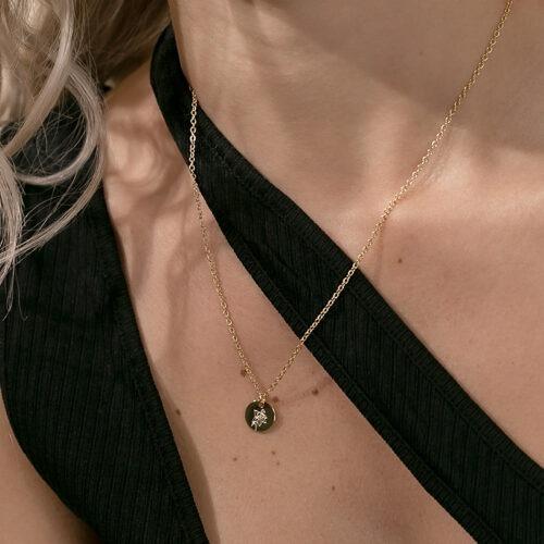 Halskette mit Geburtsblume Anhänger